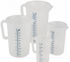 Пластиковый мерный стаканчик 250мл